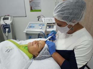 Posso usar o tratamento com ozônio para queda de cabelo?